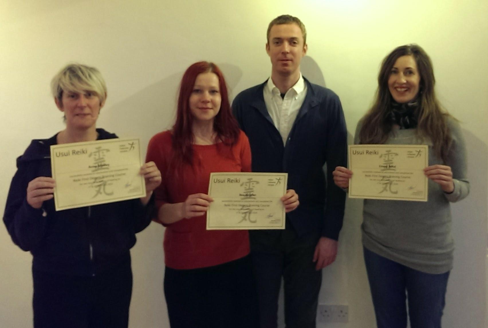 20140202_certificates1_crop